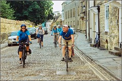Quarry Roubaix 2015-4 (FlickrDelusions) Tags: slr film cycling oxford cobbles oxfordshire minoltadynax60 kodakcolorplus200 minoltaafxi352004556 quarryroubaix oxfordbikeweek2015