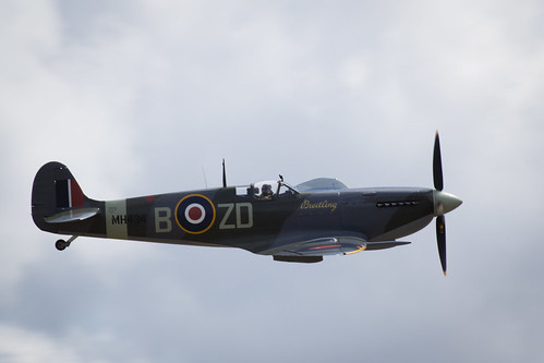 "Flying Legends 2015 • <a style=""font-size:0.8em;"" href=""http://www.flickr.com/photos/25409380@N06/19805299032/"" target=""_blank"">View on Flickr</a>"