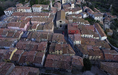 ROCCALBEGNA DAL SASSO 244 (opaxir) Tags: roccalbegna toscana tuscany aerial