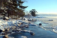 Freezing sea and sea smoke at -20°C (Kallahti, Helsinki, 20170106) (RainoL) Tags: 2017 201701 20170106 cold d5200 fin finland geo:lat=6018392798 geo:lon=2515105257 geotagged helsingfors helsinki ice kallahdenniemi kallahti kallvik kallviksudden nordsjö nyland seafog seasmoke uusimaa winter vuosaari