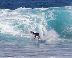 _N7A1724_DxO (dcstep) Tags: volcompipepro worldsurfleague bonzaipipeline bonsaipipeline northshore oahu hawaii canon5dmkiv ef500mmf4lisii ef14xtciii handheld allrightsreserved copyright2017davidcstephens surfing contest tournament ocean waves pipeline barrel copyrightregistered04222017 ecocase14949772801