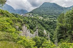 Il regno delle fate di pietra (marypink) Tags: sky green landscape cloudy hills altopiano lagodiiseo vallecamonica erosione piramididizone nikond800 nikkor1635mmf40 fatedipietra