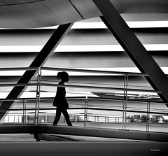 Passagem (2) (G.hostbuster (Gigi)) Tags: bw child ghostbuster geometries gigi49