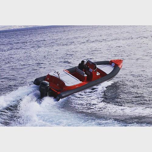 Skipper 8.5m 4u 1 X 250 HP Suzuki based in Athens #rentaboat #sea #boat #ribcruises