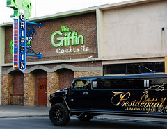 the griffin (what's_the_frequency) Tags: brick sign bar neon lasvegas nevada bricks limo fremont presidential nightclub clar cocktails fremontstreet hummer 18200 limousine thegriffin calnevari d5100