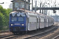 SNCF Transilien (Will Swain) Tags: travel france seine train de french europe north transport july rail railway des sur 9th railways franais asnieres socit parisian fer nationale 2015 chemins
