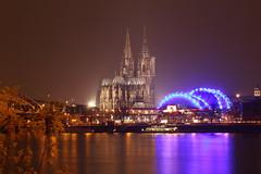 Klner Oper (stefl84) Tags: water st river lights wasser cathedral dom cologne kln musical dome fluss rhein petrus lichter opernhaus hohenzollernbrcke