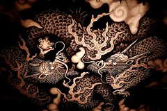 Twin Dragons - Out of Darkness (maco-nonch★R(on/off)) Tags: kenninji kyoto kioto temple picture 京都 建仁寺 寺院 寺 tempel templo painting 天井画 ceiling outofdarkness dark drawing dragon 龍 竜