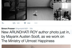 YAHOO! I'M NOW OFFICIALLY THE GREATEST PHOTOGRAPHER IN THE WHOLE WIDE WORD!!!!! (Mayank Austen Soofi) Tags: delhi walla yahoo i'm now arundhati roy officially the greatest photographer in whole wide word