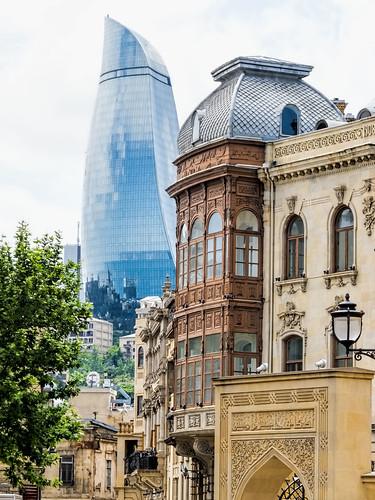 20160604_Azerbaijan_6913 crop Baku sRGB