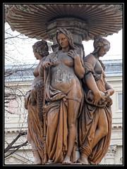La Loire (thierrymasson94) Tags: sculpture statue fontaine paris france squarelouvois laloire