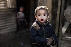 (silvia pasqual) Tags: asia asian nepal nepali people portrait portraiture person face child children childhood human humanity village little baby eyes makeup beauty beautiful canon photo photography documentary reportage life bokeh moment light morning houses color colors natgeo ntg travel travelling traveling travelphotography