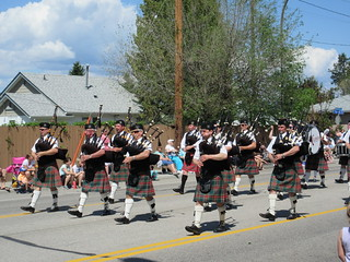 No a parade without pipers, aye!