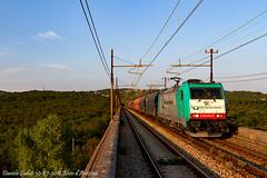 Via Impedita gradita (Daniele Sudati) Tags: e483rtc e483 e483004 bombardier traxxrtc traxx treno carso ferroviameridionale ferrovia aurisina