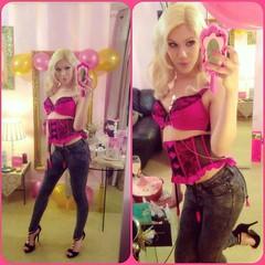 Lexa in jeans?!! Yes it happens! 💋👸👖🎈 xoxo #nightout #jeans #denim  #lingerine #brabasically (lexaauroralamour1) Tags: nightout jeans denim lingerine brabasically