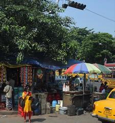 Kolkata streets 4 (victoriaei) Tags: india kolkata october streetscenes street people outdoors bengal autumn travel d5300 indianstreetphotography streetphotography asia nikon