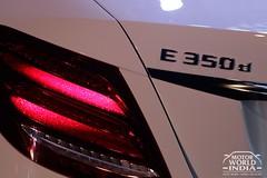 2017-Mercedes-Benz-E-Class-LWB-Taillight (6)