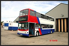 Travel West Midlands Dennis Trident 2/Alexander ALX400 4130 ((Stop) The Clocks) Tags: y722toh 4130 travelwestmidlands dennistrident2 alx400 alexanderalx400 walsallpaintshop