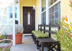 "frontdoor • <a style=""font-size:0.8em;"" href=""http://www.flickr.com/photos/101497808@N07/32681031910/"" target=""_blank"">View on Flickr</a>"