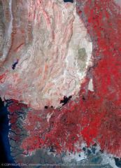 Indus River, Pakistan, (DMCii) Tags: pakistan nature water digital landscapes satellite cities data sindh dmc nir indusriver aridclimate mangroveforests dmcii ukdmc2
