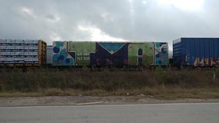 #benchingtrains#boxcars#traingraffiti#graffiti#freightgraffiti#freights#railroadphotography#trains#freightculture