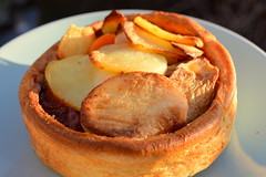Filled Yorkshire Pudding with British Beef & Yorkshire Ale Gravy (Tony Worrall) Tags: add tag ©2016tonyworrall images photos photograff things uk england food foodie grub eat eaten taste tasty cook cooked iatethis foodporn foodpictures picturesoffood dish dishes menu plate plated made ingrediants nice flavour foodophile x yummy make tasted meal filled yorkshire pudding with british beef ale gravy pie