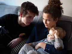 Antoine, Elsa et Jules (Dahrth) Tags: gf1 gf120 gf120mm lumixgf1 panasoniclumixgf1 20mmpancake boy kid cousins familyphoto famille