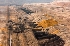Germany - Brown coal mining (Henk Verheyen) Tags: bruinkoolwinning d duitsland zon bruinkool buiten outdoor winning winter elsdorf nordrheinwestfalen de germany brown coal mining mine dagbouw landschap landscape