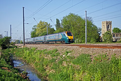 Hull Trains 'Pioneer' unit 222102 forming the 15.18 Hull-London Kings Cross passes Offord on 8May2008 (mikul44171) Tags: pioneer ecml offord 222102 offordcluny hulltrains hull cambridgeshire cambs