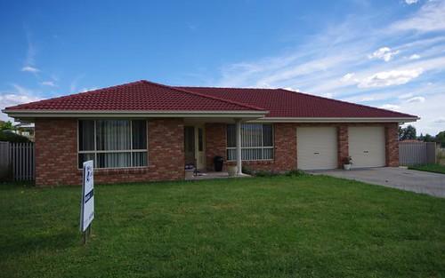 12 Pridham Street, Cowra NSW 2794