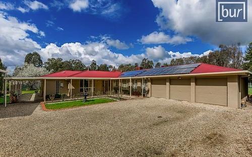 12 Bennett Rd, Thurgoona NSW 2640