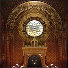 Prague 2016 XXII (__Daniele__) Tags: prague prahl prag analoge film 6x6 120 mediumformat analog mittelformat sredniformat synagogue spanish kodak portra 400 c41 španělská synagoga hasselblad 80mm planar
