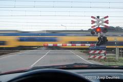 Maastricht,spoorweg-20150610-197 (joepdeumes) Tags: trein spoorwegovergang slagbomen