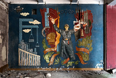 DSC01722 (I g o r ь) Tags: abandoned decay decayed rust urban forgotten lostplaces urbanexploration ussr cccp sovietunion murals sonya7 ilce7 coldwar sovietarmy