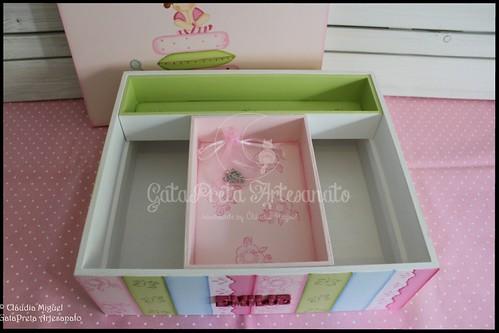 """Caixa de batizado """"A Princesa e a Ervilha"""""""