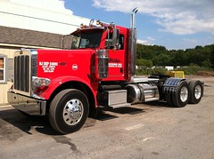 Wilkie Trucking 2014 Peterbilt 389 day cab tractor - truck No. 238 (JMK40) Tags: peterbilt 389 paccar mx wilkietrucking tractor truck nj