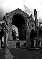 Melrose Abbey in Black and White (musicmuse_ca) Tags: blackandwhite bw 15fav church beautiful abbey clouds 1025fav 510fav wow wonder scotland nice fantastic shadows ruin arches medieval melrose celtic historicscotland scottishborders melroseabbey interestiness interestingness161 i500 memorieofthesomervilles