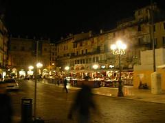 ombre sul far della sera (the_butterfly) Tags: verona mercato