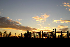 anoitecer (corbata1982) Tags: sky sun sol brasil fence contraluz lafotodelasemana gate porto cu rs pampa fronteira porteira corbata1982 arroiomau lfscontraluces