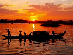 QP1317970 (Sam's Exotic Travels) Tags: sunset people silhouette river boat cambodia sam sams sap phnom penh travelphotos saveit saveit2 saveit3 saveit4 saveit5 saveit6 saveit8 saveit9 saveit10 savedbythedmusunscapesgroup saveit7forphotobotic angkorsingle samsays samsexotictravelphotos exotictravelphotos samsayscom