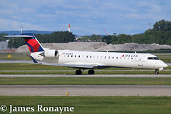 N615QX | CRJ701ER | Delta Connection (james.ronayne) Tags: aeroplane airplane plane aircraft aviation montreal trudeau yul cyul canon 70d 100400mm raw stunning sharp gorgeous beautiful n615qx crj701er delta connection bombardier canadair atlantic southeast airlines