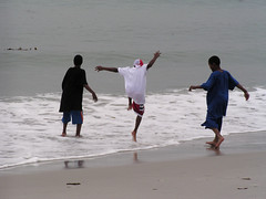 Young Men and the Sea (Vicki & Chuck Rogers) Tags: ocean sun boys water kids children fun photo jump jumping joy together shore 200views leisure idyll carmelbythesea exuberance ply novideo youngmen wetfeet chuckrogers photosonly