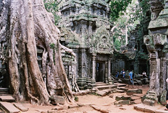 Siem Reap - Angkor (Hartfried Schmid) Tags: heritage cambodia southeastasia khmer culture angkorwat best unesco siem reap siemreap angkor wat mybest bayon highquality worldculture