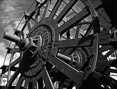 Paddlewheel (musicmuse_ca) Tags: sanfrancisco blackandwhite bw 15fav wheel wonder boat nationalpark nice antique paddlewheel thingsthatmoved hydestreetpier sanfranciscomaritimenationalhistoricalpark vanishingbeauty