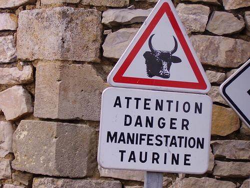 Cartel antitaurino en Francia