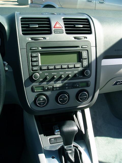 2005 volkswagen jetta 25l cd climatecontrol