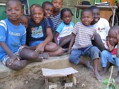 Haitian kids and thier birdhouse (DGH Chocolatier) Tags: port de haiti chocolate cocoa paix hope haitian ayiti house houseofhope ayisyen lapoint portdepaix handsofhope dghchocolatier wwwcoeurdexocolatcouk