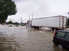 Bridge Street (US 17) (General Wesc) Tags: flood semi uploadedbyluca washingtonnc