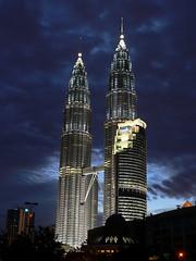 KLCC (marcus918) Tags: travel building tower night lumix scenery petronas twin views malaysia kl klcc 1000 fz3 10faves p1f1 marcus918 aplusphoto