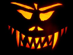 evil pumpkin by Riv @ flickr